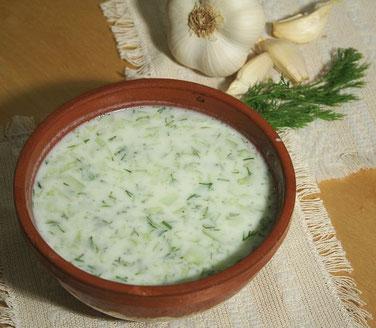 Le tarator, soupe froide : une recette au yaourt bulgare
