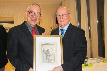 Vier Jahre lang war Werner Echle (rechts) Vorsitzender des Geschichts- und Heimatvereins Villingen. Bei der Jahreshauptversammlung im Hotel Diegner wurde der ehemalige Oberbürgermeister Rupert Kubon zu seinem Nachfolger gewählt. Foto: Heinig Foto: Schwarz