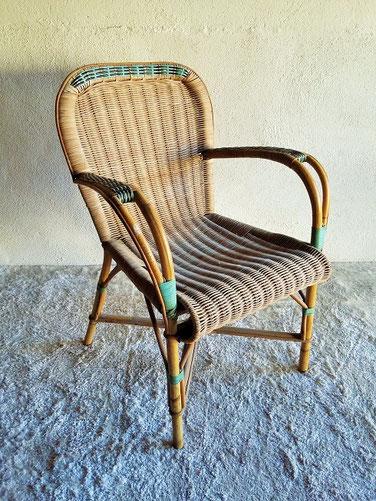 fauteuil rotin adulte vintage muros design et vintage en bourgogne. Black Bedroom Furniture Sets. Home Design Ideas