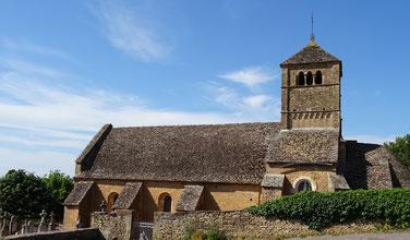 Die Kirche Notre-Dame-de-l'Assomption von Ameugny oberhalb von Taizé ist ein beliebtes Ziel für Spaziergänge der Teilnehmer der Jugendtreffen; Foto: Steffen Bremmert
