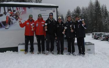 Am Bild Christoph und Thomas Knauder bei der Siegerehrung. (Foto: Privat)