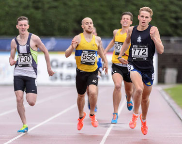 Jamie Williamson winning the Scottish 800m title (photo by Bobby Gavin)