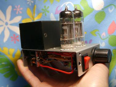 手のひらサイズのデスクトップ小型真空管アンプ自作