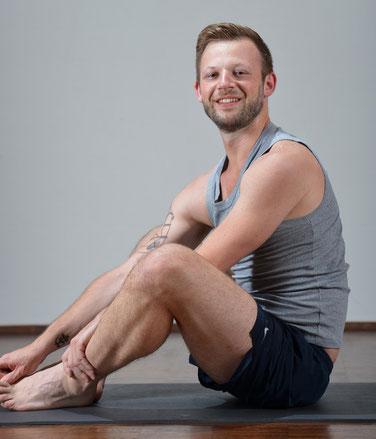 Christian Michel Yoga on the beat
