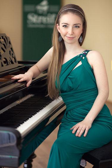 Martina Padinger, Klavier (Foto: Katharina Ulz)