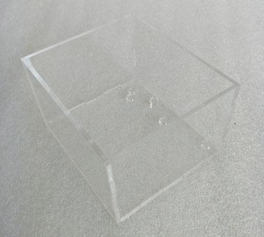 laser cutting PMMA