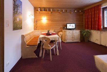 2 Raum Appartement mit Küche, Wohnraum und Schlafzimmer