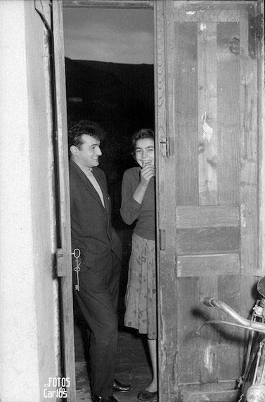 1958-Paso-puerta-Carlos-Diaz-Gallego-asfotosdocarlos.com