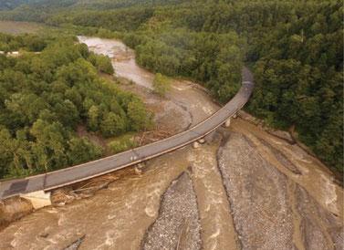 国道273号三国峠・高原大橋の被害