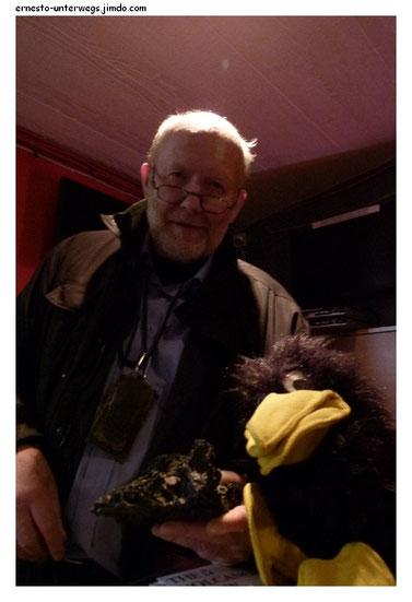 Villi und ich im Foyer seines Red Rock Cinema, Hellusund 6a, Reykjavík