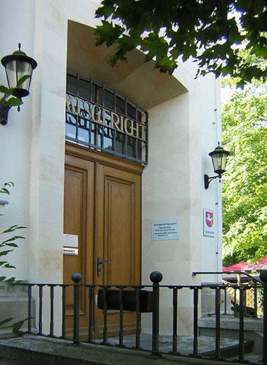 Eingangsbereich des Amtsgerichtes Burgdorf erstellt in Sandsteinoptik.