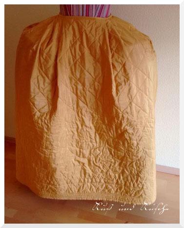 Quiltrock aus Seide, komplett handgenäht.