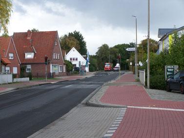 Gefahrenpunkt 2: Fußgängerampel auf Höhe der Schule