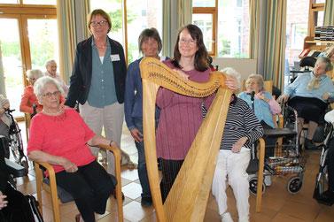 Märchen und Harfe mit Michaela Brinkmeier, Märchenerzählerin, Erzähler, Harfenistin