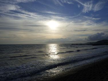 SUNSET SURF!