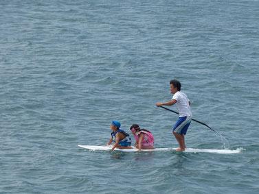 3人乗り~~! 海にざぶ~んといきました。