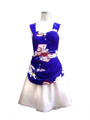 着物から製作したミニドレス