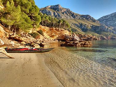 kayak trip guide mallorca excursion