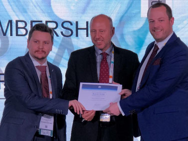 Pictured left to right: Reinout Puissant, Cargo Business Development & Interline Manager at Brussels Airlines  /  Glyn Hughes, IATA's Global Head of Cargo  /  Alban François, VP Cargo at Brussels Airlines  -  courtesy: SN Cargo