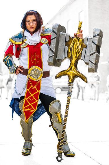 """Alles selbst gemacht, das Kostüm ist der """"Hammer""""!"""