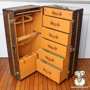 DRESSING TRUNK - BEDROOM Louis Vuitton