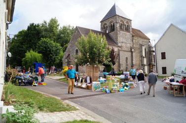 Celles-lès-Condé : un vide grenier a lieu chaque année au mois d'août.