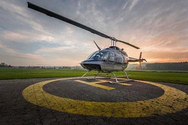 Elite Flights, Bell 206 Jet Ranger, HB-XXO, Tarmac  Abendstimmung, Helikopterflotte, Luzern-Beromünster, Grenchen