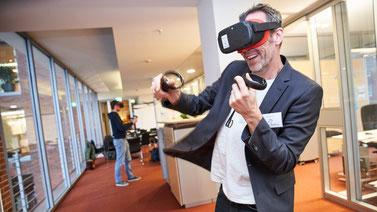 Über 230 Lehrkräfte nehmen am dritten Digital Summit teil (Foto: Claudia Höhne)
