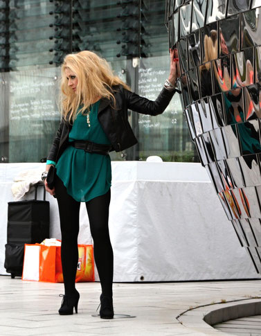 Lassen Sie ihr Gepäck nicht aus den Augen - Düsseldorf