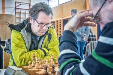 Klaus Theuretzbacher erfindet immer Probleme für seinen Gegner, manchmal auch für sich selbst