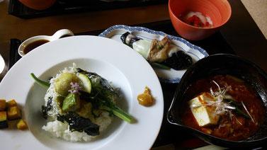 アボガドしらすご飯・チゲ・茄子のチーズ焼き