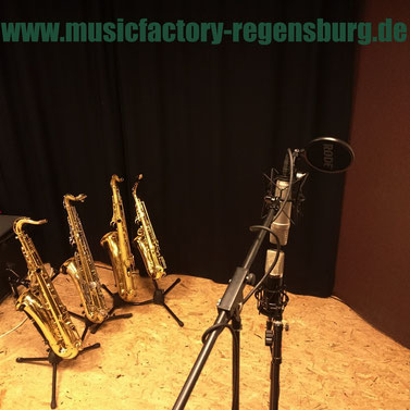 musik musikschule lernen spielen instrument klavier saxophon gitarre bass schlagzeug tonstudio lefreque test soundbrücke intonation tuning sound saxofon saxophone