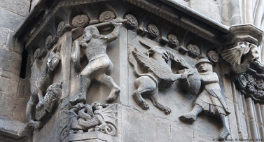 Relief an der Kathedrale, Barcelona
