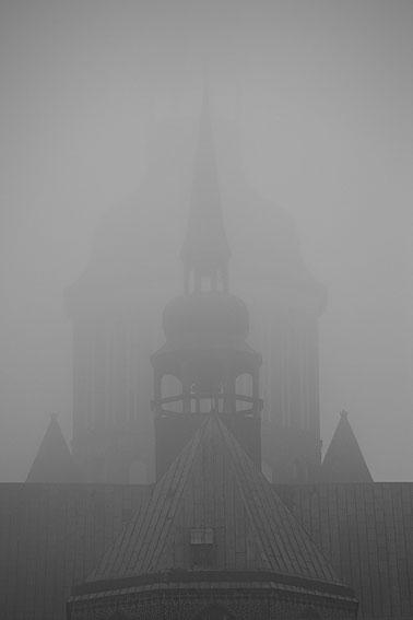 hansestadt stralsund nebel herbst november mecklenburg vopommern heimatlicht fotografie geschichte heimat ostsee urlaub ausflug moody