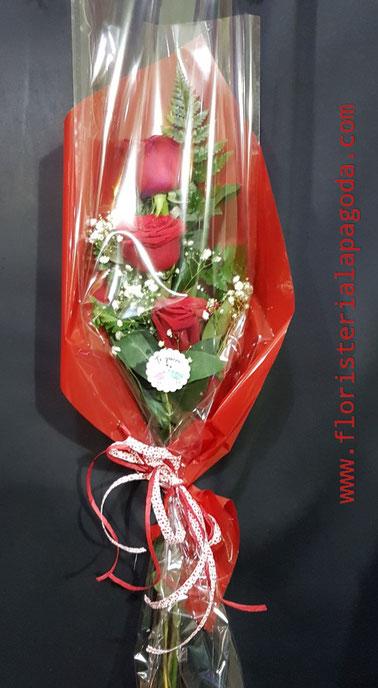 San Valentín Oferta especial 3 rosas preparadas por tan sólo 12€.