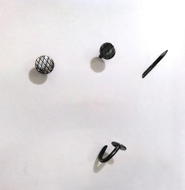 Mobili in ferro milano, Design in ferro Milano, Strutture in ferro milano, Prototipi per designer,arredamento in ferro milano,attaccapanni in ferro