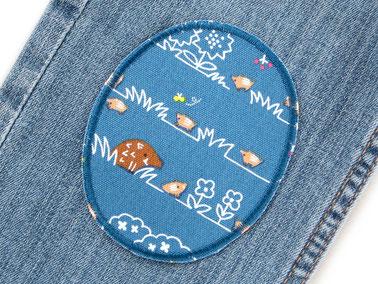 Bild: Knieflicken mit Hase, Igel, Dachs, Eulen und Blumen