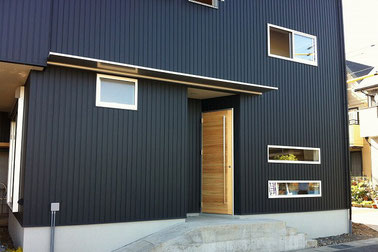 こだわりの木造3階建ての家