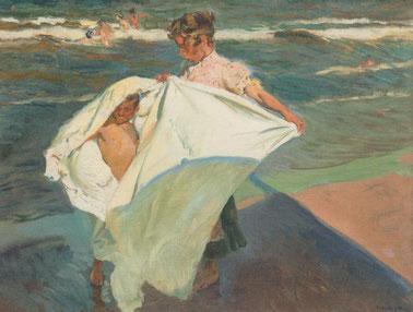 J Sorolla.Salida del baño.Playa de Valencia 1908.Esta obra le permite al artista estudiar los volúmenes plegados de la túnica blanca en torno al cuerpo,sensación de inmediatez.La sombra de la sombrilla y el toldo resaltan dinamismo a la composición.