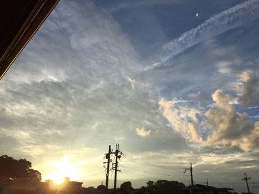 ある7月の太陽と雲