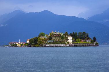 Isola Bella samt Palast der Adelsfamilie Borromeo (Foto: maxmann@pixabay.com)