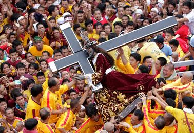 Autor: Erik De Castro/Reuters. Quelle: http://darkroom.baltimoresun.com/wp-content/uploads/2013/01/REU-PHILIPPINES.jpg