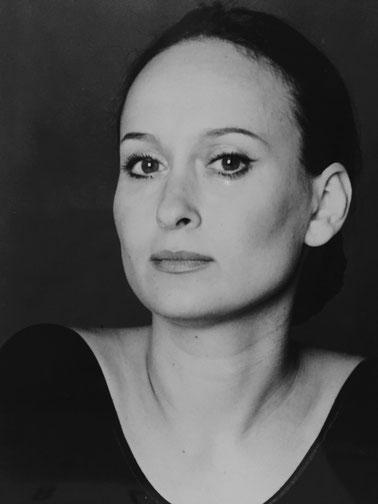 Natascha Osterkorn - Klavierunterricht, Klavierlehrerin, Klavier spielen lernen in Berlin Mitte, piano classes, Musikkapelle Berlin