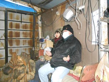 武州熊谷ひみこ窯 窯焚き マッチ売りの少女ならぬ薪運びの少女とからかわれ…