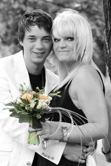 Gäste auf einer Hochzeit 2010