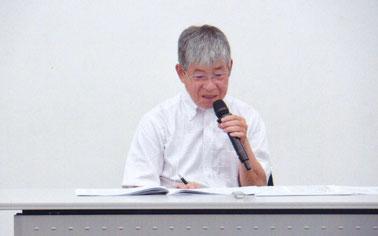 講演:極堂を多方面から語る加藤氏  写真:髙村会員