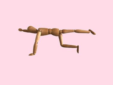ピラティスで体幹トレーニング