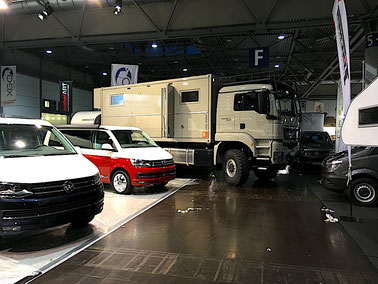 Expedition Truck Expedition Vehicle consulting driving manouvering wendekreis expeditionsmobil messe betreuung transport messe service beratung berater trade show organisation consulting show truck management messe planung beratung event management expo