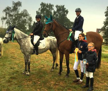 Erfolgreich in Bruchköbel-Roßdorf: Kim u. Karina Kiermeier / Shirin und Stella-Rose Mader