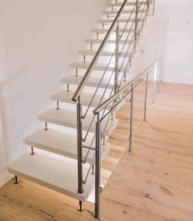 Besonders beliebt ist nach Herstellerangaben die freitragende Kenngott-Treppe. Foto: Kenngott